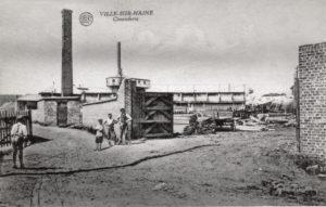 Cimenterie et verrerie à Ville-sur-Haine